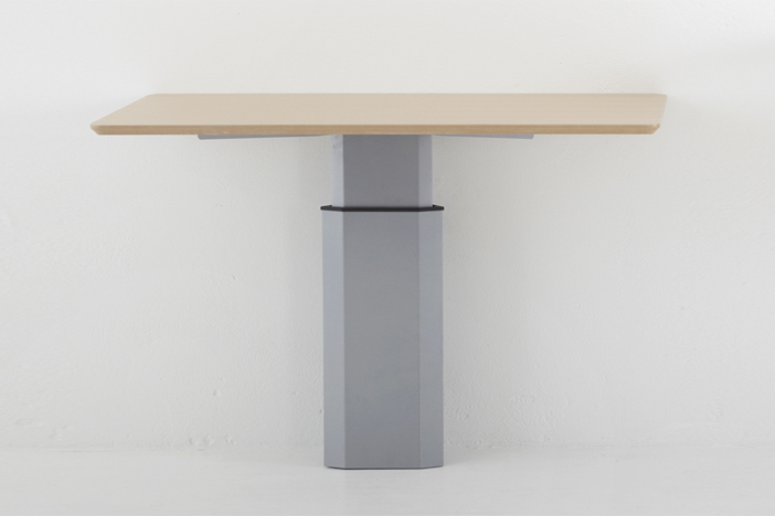 Настенный стол Волл с электроподъемным механизмом для работы стоя